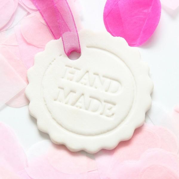 """Porzellananhänger """"Handmade"""""""