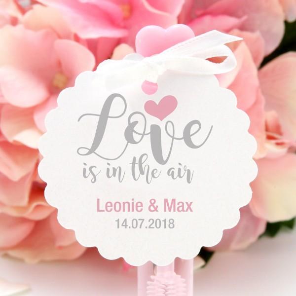 """Anhänger Wellenrand """"Love is ..."""" (10 St.) - personalisiert - in 12 Farben"""